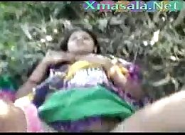 Desi girl fucked outdoor