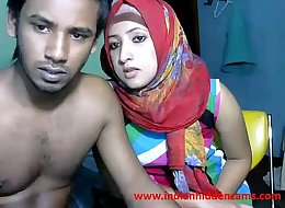 newly married indian srilankan couple live on cam show